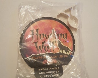 Howling Wolf beer badge & clip