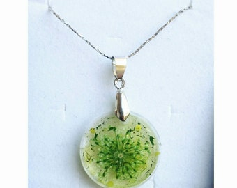 Epoxy resin-resin necklace pendants with flowers photos stones (as you wish!)