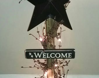 Lighted Star Post Pip Berries Garland Barn Star Country Decor Primitive Decor Rustic
