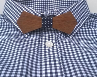 THE REBEL. Bow tie made of Sapele wood with blue polka dots fabric. Father's day. Made in France.