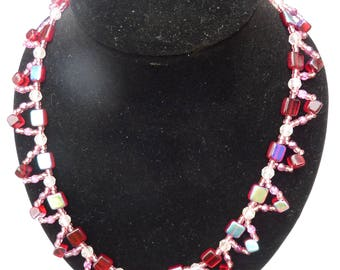 Red Queen Square Necklace