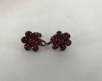 Vintage Clip On Earrings, Ruby Earrings, Vintage Earrings, Screw-Backs, Red Flower,