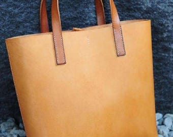 Woman shopper bag leather craft pattern
