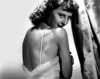 BARBARA STANWYCK PHOTO #22