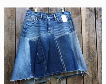 "Denim ""Zigzag"" stitching skirt size 40"