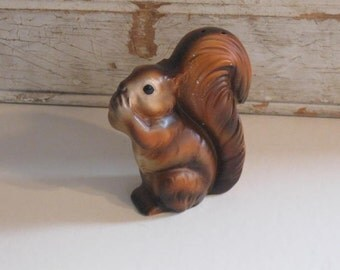 Vintage Squirrel Salt Shaker, Salt Shaker, Squirrel statue, Squirrel Figurine