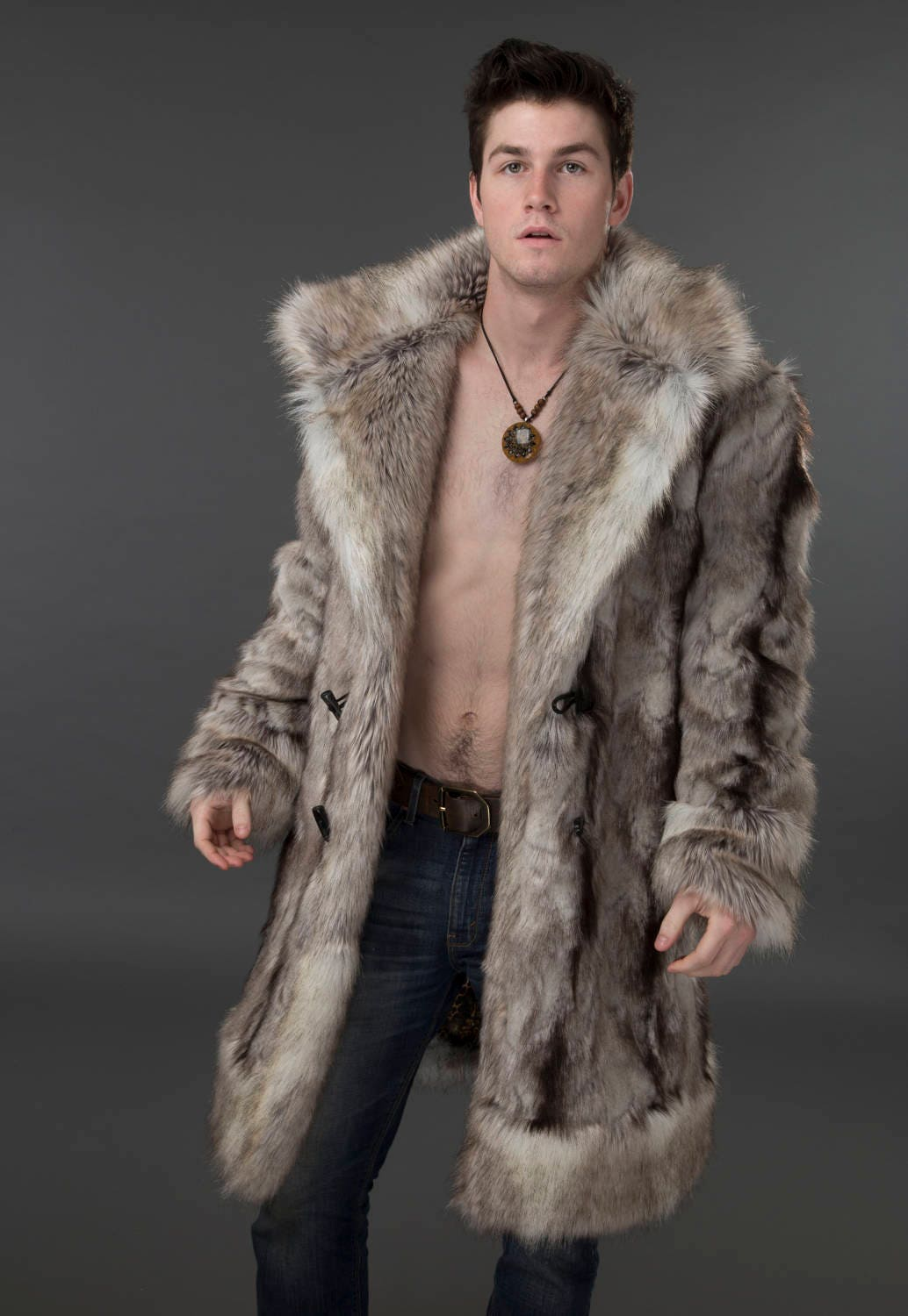 Nice mens thick Aeropostale faux fur lined hooded zip up Coat. It is a size Medium and is nice and clean. Check out my other auctions for great mens shirts and get combined shipping.