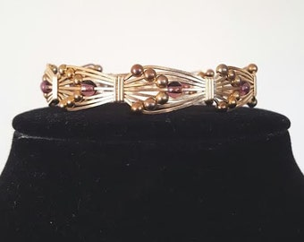 14 carat gold filled wire bracelet with Amethyst beads