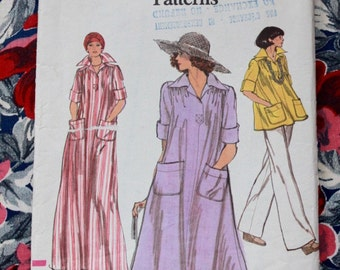 1970s dress pattern / Vogue 9475 / 70s loose fit dress or blouse with pockets / size medium bust 34-36""
