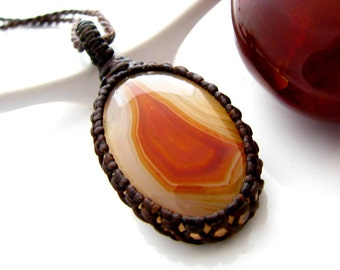 Agate Necklace,  agate jewelry, Red Agate, Orange Agate, winter finds, healing stone,  healing necklace, body mind and spirit