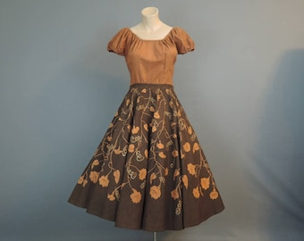 1950s Mexican Circle Skirt and Peasant Top, 34 bust, 27 waist, Maya de Mexico, Brown & Terra Cotta Floral Set