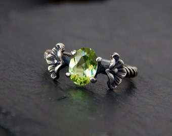 Peridot Ring: Sterling silver, natural green peridot, 7x5mm oval, gemstone jewelry, size 5.5, poppy flower, twisted rope, August birthstone