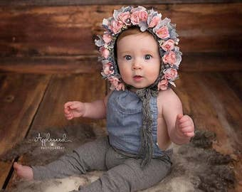 Baby hat, Knit Baby Bonnet, Baby Photo Prop, Newborn Photo Prop, Newborn Baby Girl Hat, Baby Hat, Knit Baby Hat, Rose bonnet, Gray Bonnet