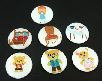 """7 LARGE  Goldilocks and Three Bears Children's Story Book Sewing Buttons.  1"""" or 25 mm Round  Handmade By Me.  Washer and Dryer Safe."""