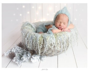 Curly felted blanket layer Round blanket Newborn photography props Wool layer Curls nest stuffer Blueish grey woolen blanket wool