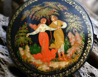 Vintage Hand-Painted Russian Lacquer Brooch
