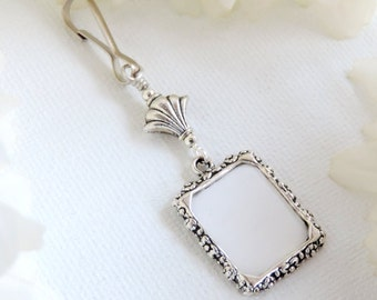 Wedding bouquet photo charm. Silver tone Bridal bouquet charm - small picture frame and fleur de lis bead. Gift for the bride. Sister gift.
