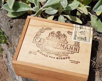 Vintage Carl Upmann Wooden Cigar Box Honduras