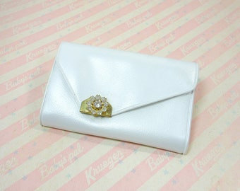Vintage White Vinyl Key Holder / Money Card License Slot Case / Purse Pocket Size / Remove A Hook /  6 Metal Key Rings / Rhinestone Accent