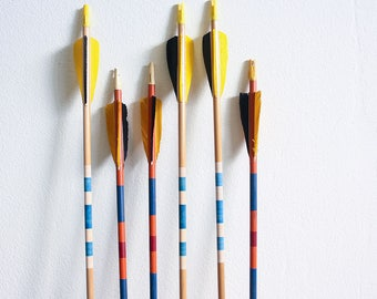 6 Vintage Wooden Arrows / Instant Collection / Mixed Lot / Summer Decorating