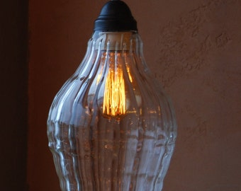 Clear Handblown Borosilicate Conturax Glass Pendant Light