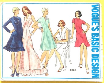 Uncut Vogue 2878 Basic Design  Dress Pattern 1970s Vintage Sewing Pattern  Bust 34