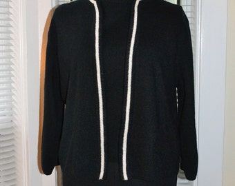 Vintage 50s/60s Twinset - Mod Style -  Black and White - Sweater & Shell Top - m/l