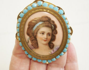 Lady Hand Painted Turquoise Stones Brooch Gold Tone