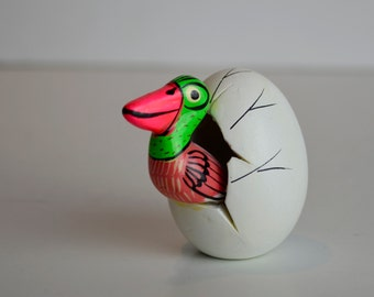 Handmade Mexico Mexican Hatching Egg With Bird Sculpture Figurine Smaller Sized