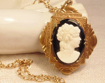 Victorian Cameo Locket Necklace Atlas 12K GF Chain Glass Cameo Necklace Vintage Cameo Antique Locket Gold Locket