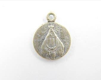 Rare Vintage Nuestra Señora de Aranzazu - Our Lady of Arantzazu Catholic Medal - Virgin Mary Religious Charm - Religious Jewelry Z85