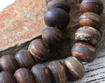 Rustic Tribal Dzi Beads - 14x10mm Large Rondelle Tibetan Agate Beads with Stripe - Jewelry Making Supply - Rustic Agate Gemstone Beads