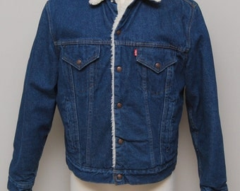 Vintage men's heavy trucker denim jacket with faux sherpa collar/ Vint men's denim jacket/ Levi's