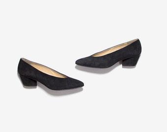 Vintage Leather Heels 5.5 / Black Suede Pumps / Block Heels / Minimal Heels
