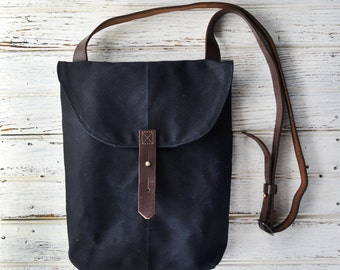 Waxed Canvas Hunter Satchel in Coal by Peg and Awl, Waxed Canvas Crossbody Bag for Adventurers, Waxed Canvas Bag, Purse, Travel Bag, Unisex