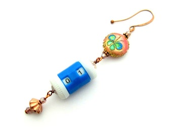 Bead Knitting / Crocheting Removable Stitch Marker Roll Counter - Copper and Blue Counter