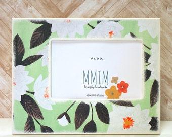 Magnolia Frame, 4 x 6 Frame, Picture Frames, Flowers, Instagram Frame,  Unique Frames,  Wooden Photo Frame, Wedding, Handmade 4 x 6 PICTURED