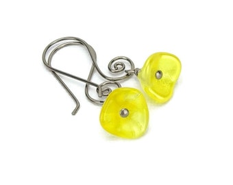Niobium Earrings Yellow Flowers on Curly Niobium Earwires, No Nickel Swirl Earrings, Buttercup Yellow Flowers Earrings for Sensitive Ears