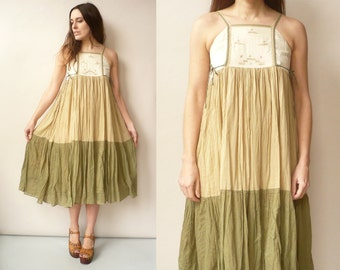 1970's Vintage Tiered Indian Cotton Gauze Hippie Caftan Festival Folk Midi Dress Size XS