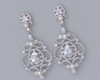 Chandelier Crystal Earrings, Crystal Bridal Earrings, Crystal Wedding Earrings,  Vintage Wedding Jewelry, Crystal Post Option,