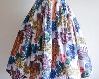 1950s Novelty grape print cotton full skirt / 50s fruit print pleated day skirt, Sportaville S