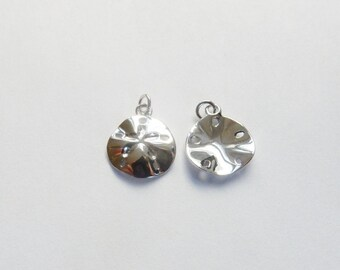 Sterling silver   Sand dollar  charm (12x14.5mm)