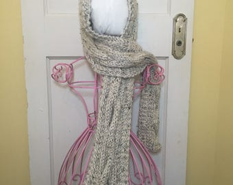 PATTERN Handmade Knit Scarf with Hood / Oversized Chunky / Cable Scarf / Cable Design / Wrap / Neckwarmer / Shawl