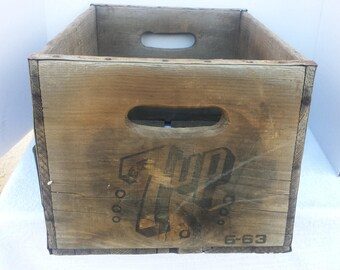 Vintage  7 Up Wood Crate