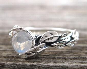 Moonstone Ring, Leaf Moonstone Ring, Moonstone Leaf Ring, Leaf Ring With Moonstone, Forest Leaves Ring, Friendship Silver Moonstone Ring