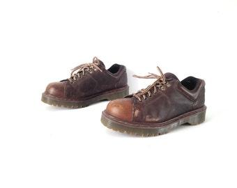 men's size 10 DOC MARTENS black 90s GRUNGE nirvana combat style rugged boots