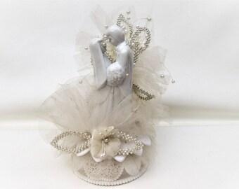 Vintage Wedding Cake Topper   Bride and Groom Cake Topper   Wedding Figurine   Pearl Decorations