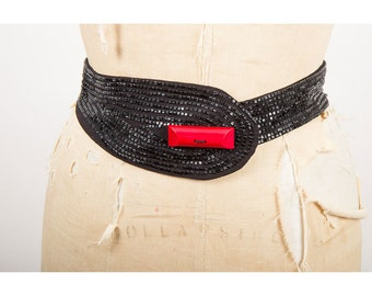 Vintage beaded belt / 1940s black beaded waist belt with red plastic button M