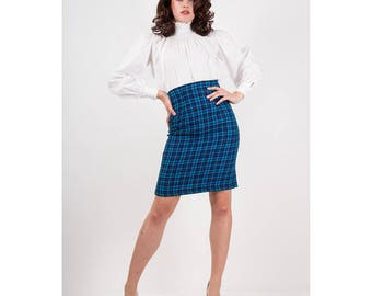 Vintage high waist pencil skirt / 1980s blue houndstooth plaid slim fit S M