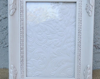 4 x 6 White Picture Frame, Frame with Glass and Easel Back, Wood Picture Frame, Gallery Frame, Shabby Chic Frame, Nursery Room Frame